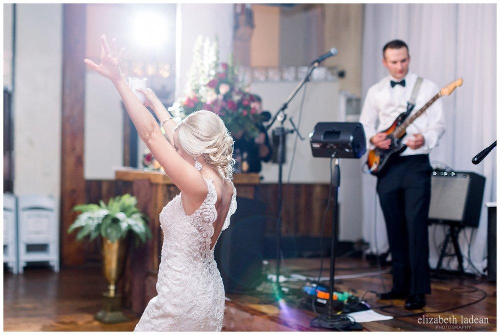 Downtown-Kansas-City-Wedding-Photos-L+B-101318-elizabeth-ladean-photography-photo_1620.jpg
