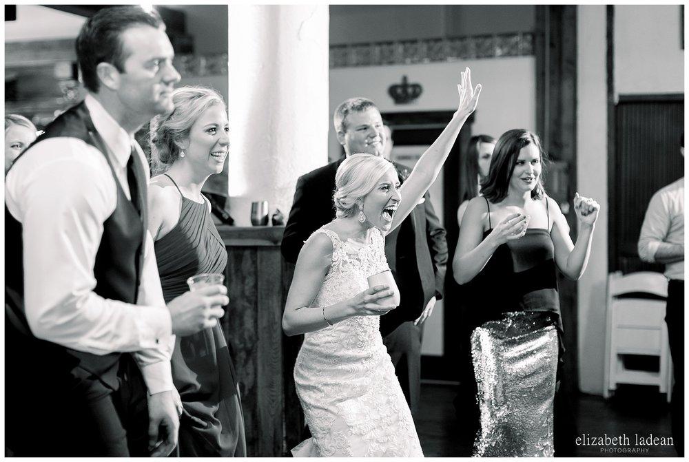 Downtown-Kansas-City-Wedding-Photos-L+B-101318-elizabeth-ladean-photography-photo_1622.jpg
