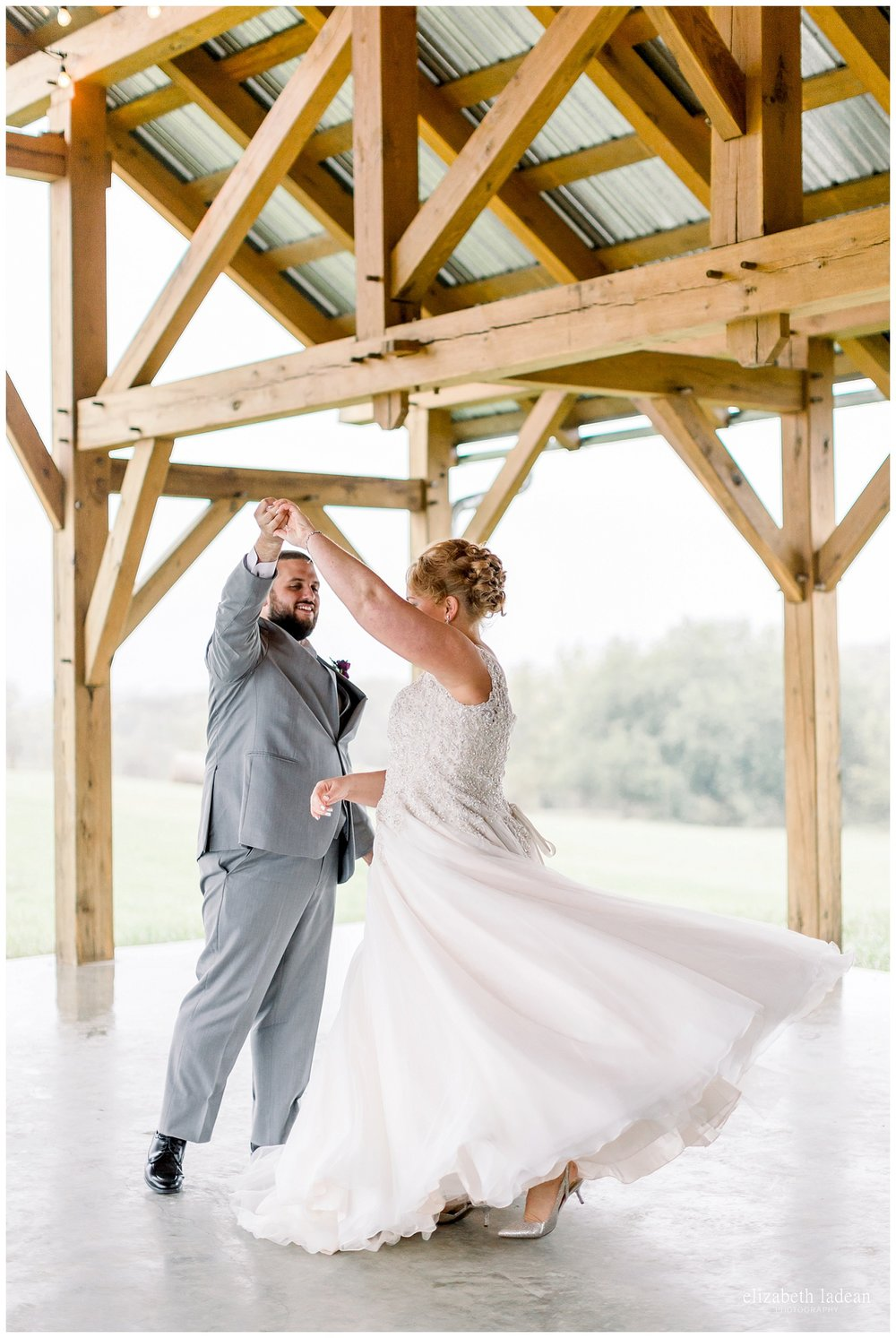 Weston-Timber-Barn-Wedding-Photography-L+A-elizabeth-ladean0photo_1863.jpg