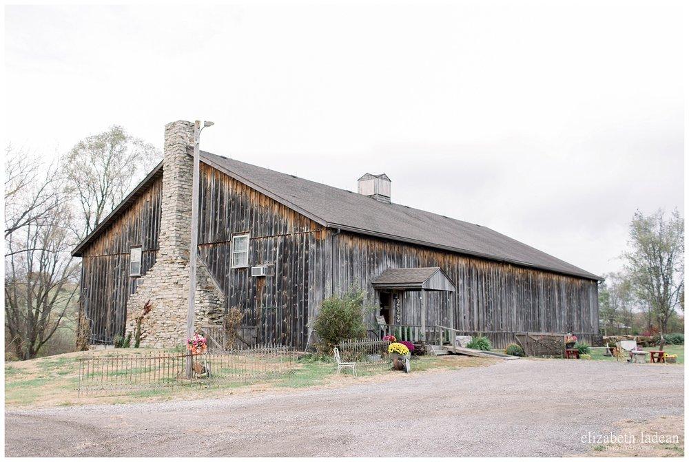 Backwoods-Venue-Wedding-Photography-KansasCity-M2018-elizabeth-ladean-photography-photo_2611.jpg