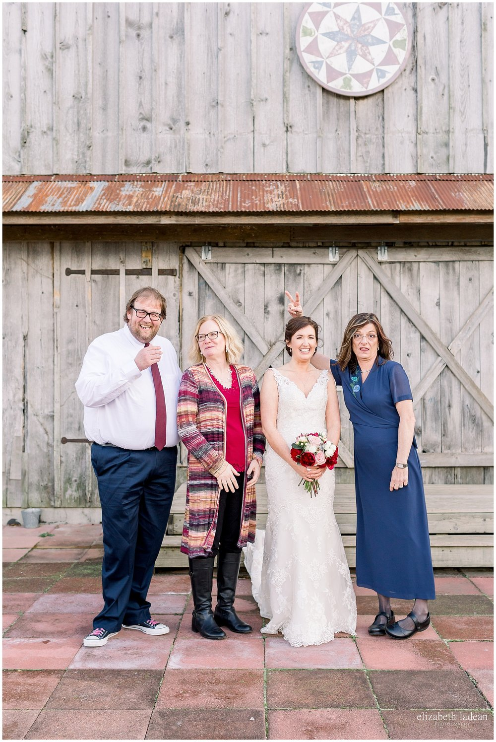 -behind-the-scenes-of-a-wedding-photographer-2018-elizabeth-ladean-photography-photo_3614.jpg