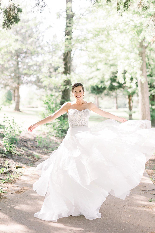 adventurous-authentic-wedding-engagement-photography-kansas-city-elizabeth-ladean-photo_5431.jpg