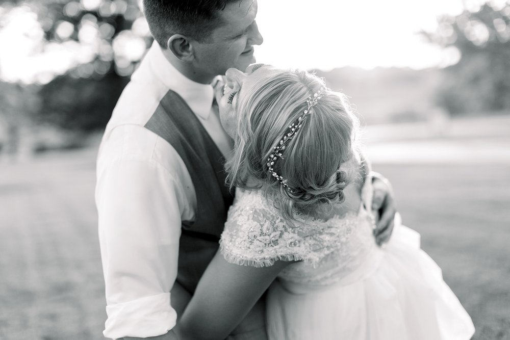 adventurous-authentic-wedding-engagement-photography-kansas-city-elizabeth-ladean-photo_5443.jpg