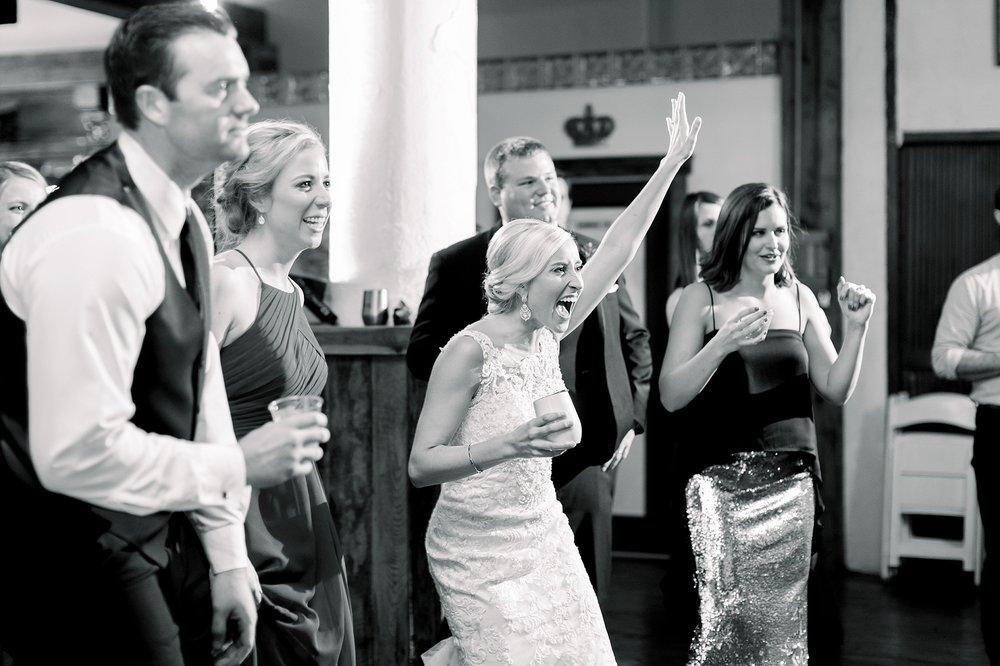adventurous-authentic-wedding-engagement-photography-kansas-city-elizabeth-ladean-photo_5523.jpg