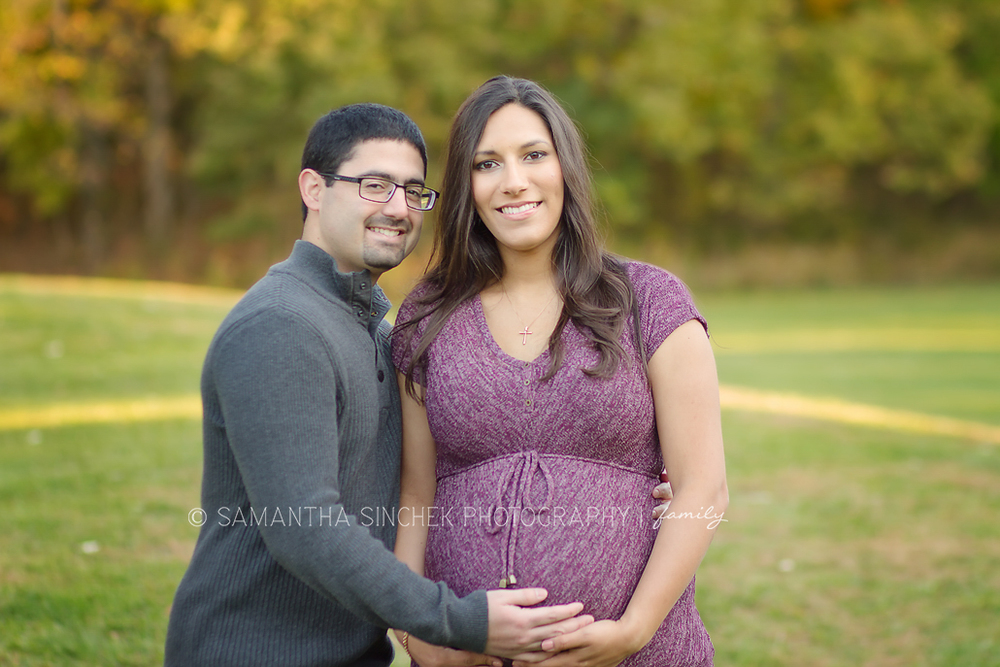many poses from castillo maternity session at sharon woods
