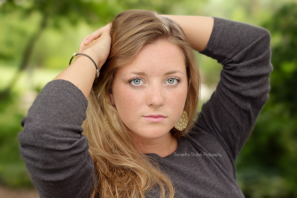 her eyes are stunning in the senior picture at ault park OHIO