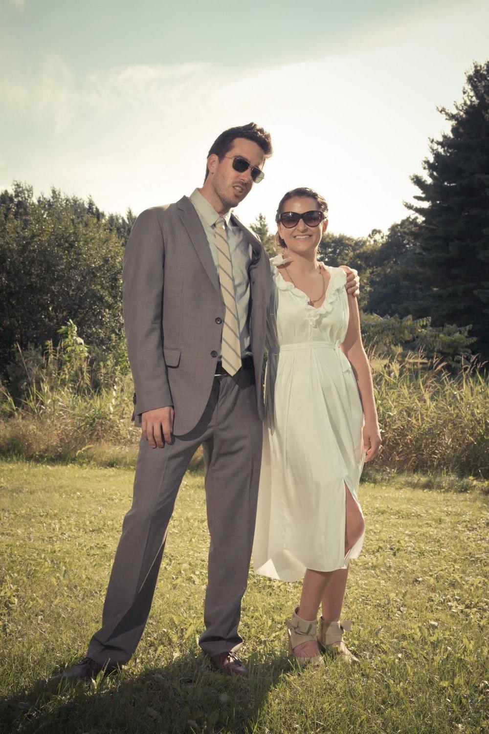 5_Forsberg_Bride_Groom_Sunglasses.jpg