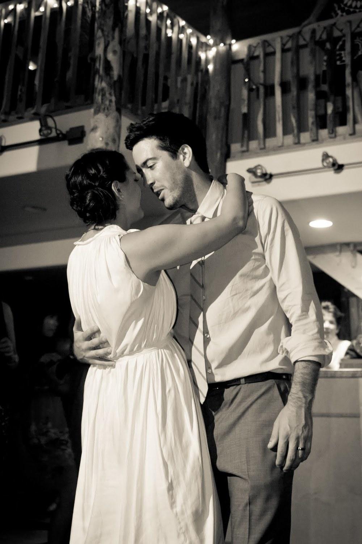 13_Forsberg_First_dance_barn_Wedding.jpg