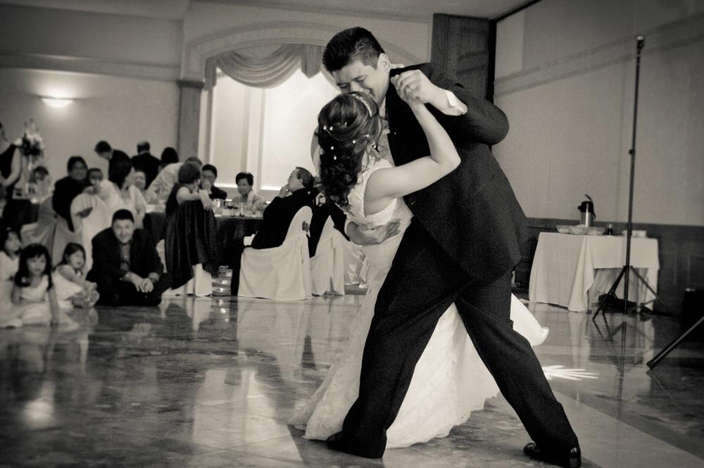 Vista_first_dance.jpg