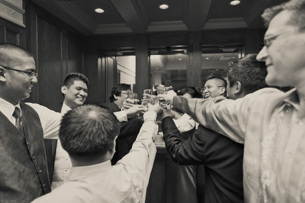 Vista_wedding_Party_toast.jpg