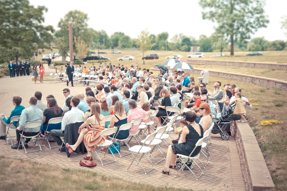 20120623141148_wedding_audience.jpg