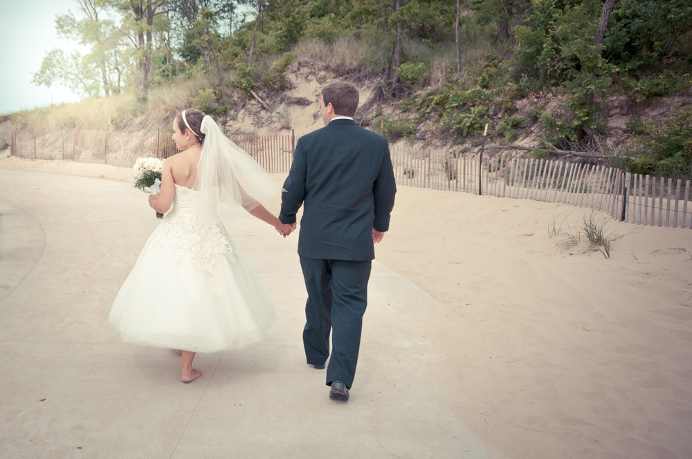 20120623154237_Bride_groom_beach.jpg