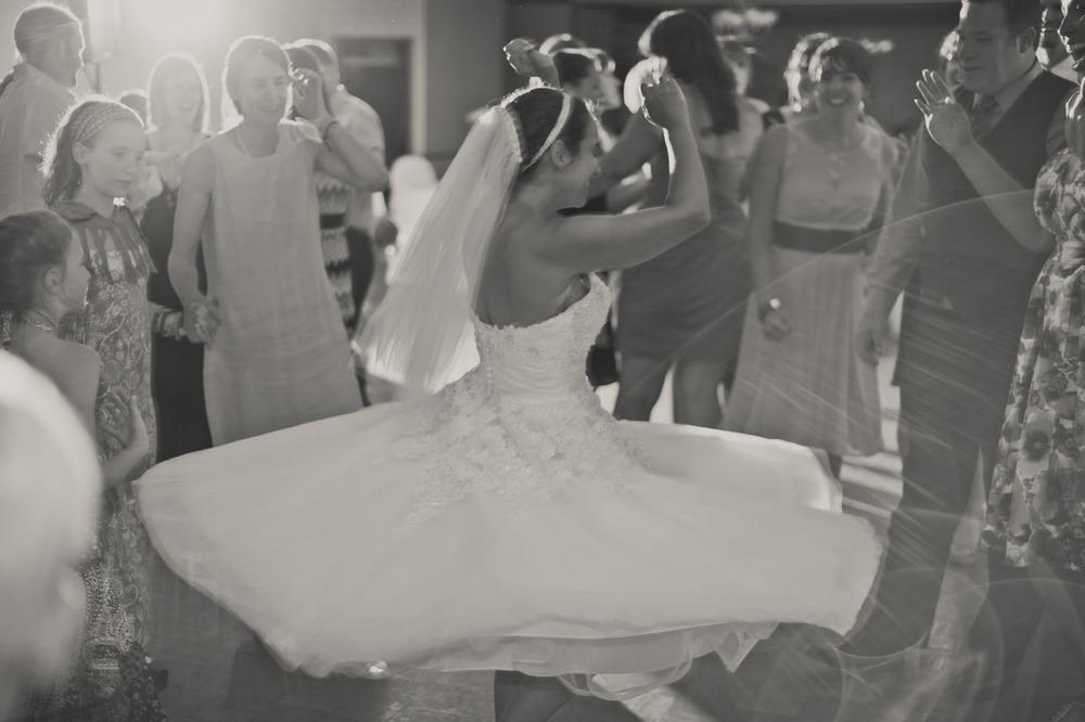 20120623201142_bride_dancing.jpg
