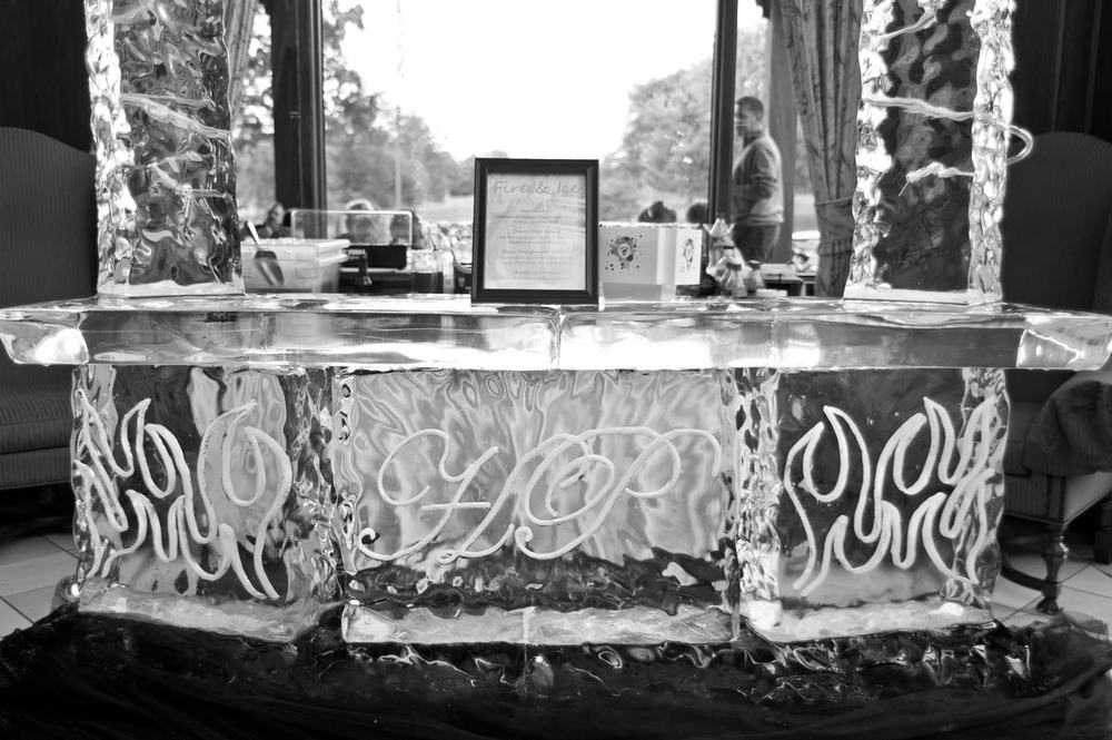 20120720195608_warwick_hills_ice_sculpture.jpg