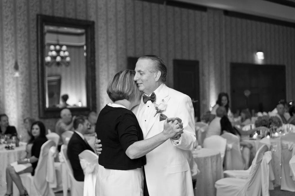 20120720200548_warwick_hills_first_dance.jpg