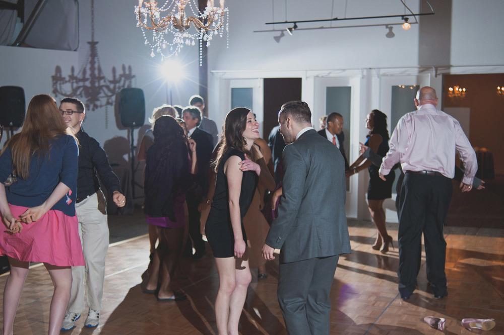 20120902224219_wedding_dance_party.jpg