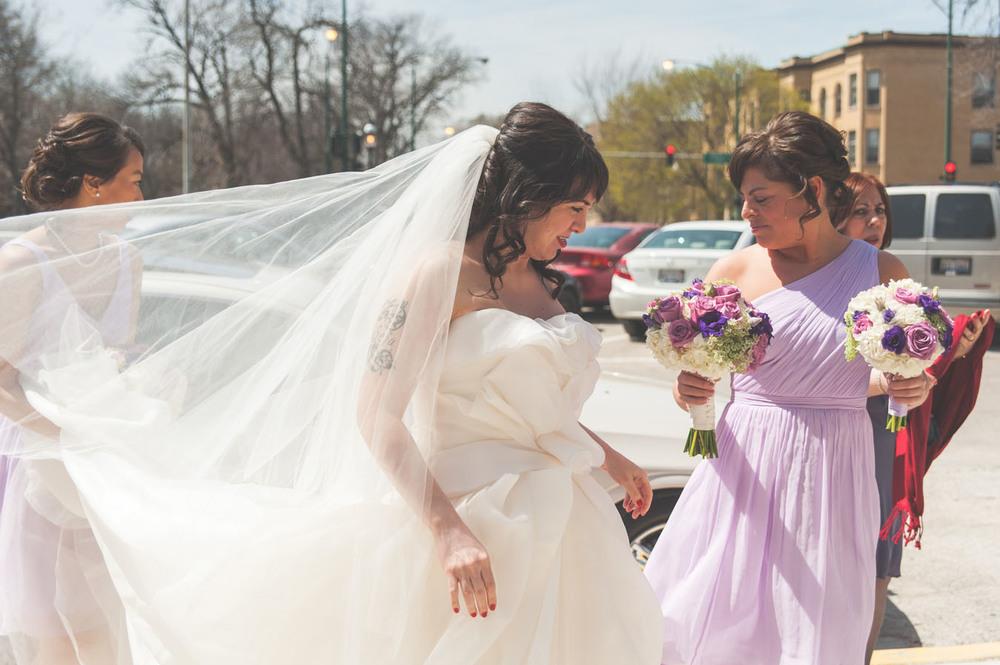 20130427134811_bride_chicago_veil.jpg
