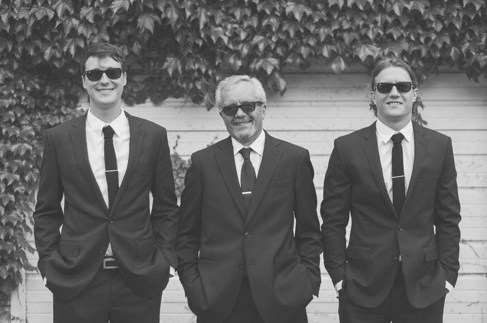 20130601153100_groom_father_sunglasses.jpg