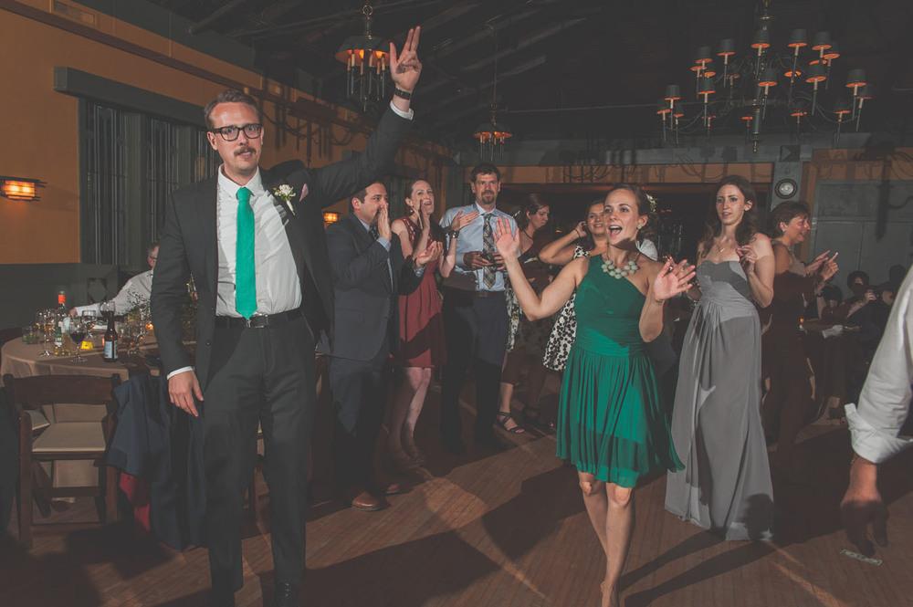 20130601221722_wedding_dance_party.jpg