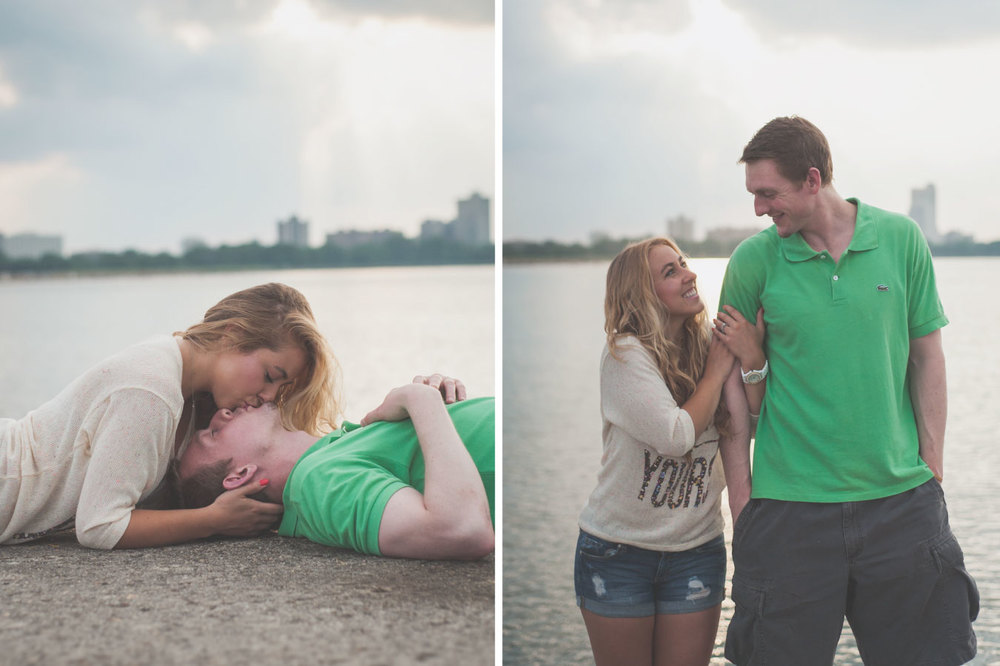 02-Chicago_Engagement_Montrose_Harbor.jpg