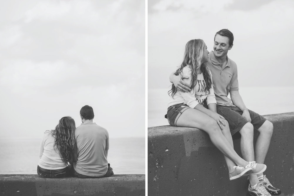 07-Chicago_Engagement_Photography_Lake_Black_White.jpg