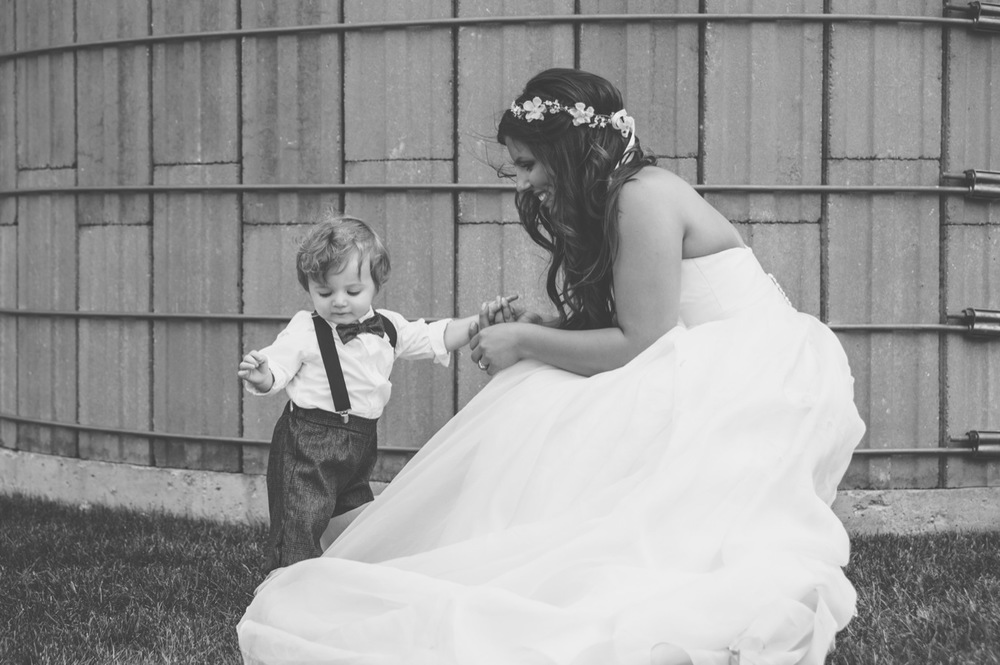 20130803163758_wedding_kids_photos_barn.jpg