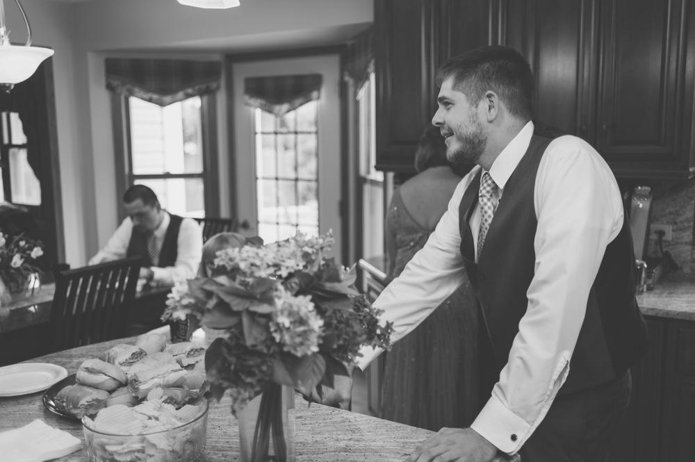 20130629121620_wedding_getting_ready.jpg