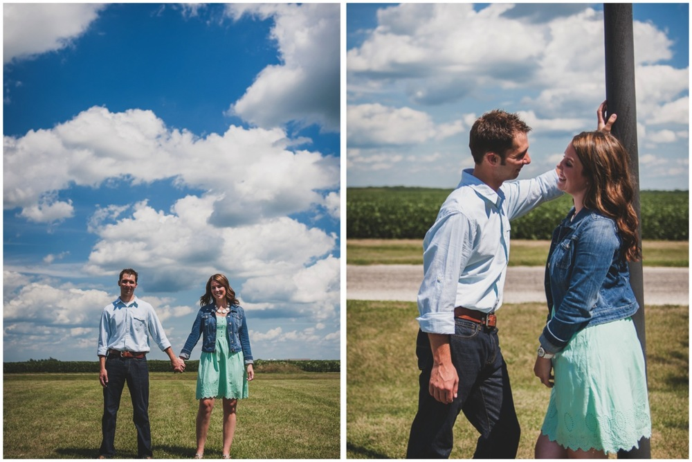 20130804144815_Chicago_engagement_photography_vintage_barn_outdoor.jpg