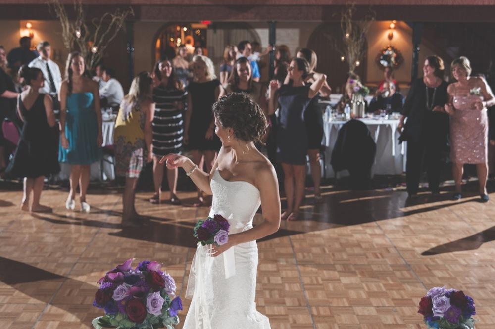 20130928212847_Chicago_wedding_Photography_Pheasant_Run_resort_vintage.jpg