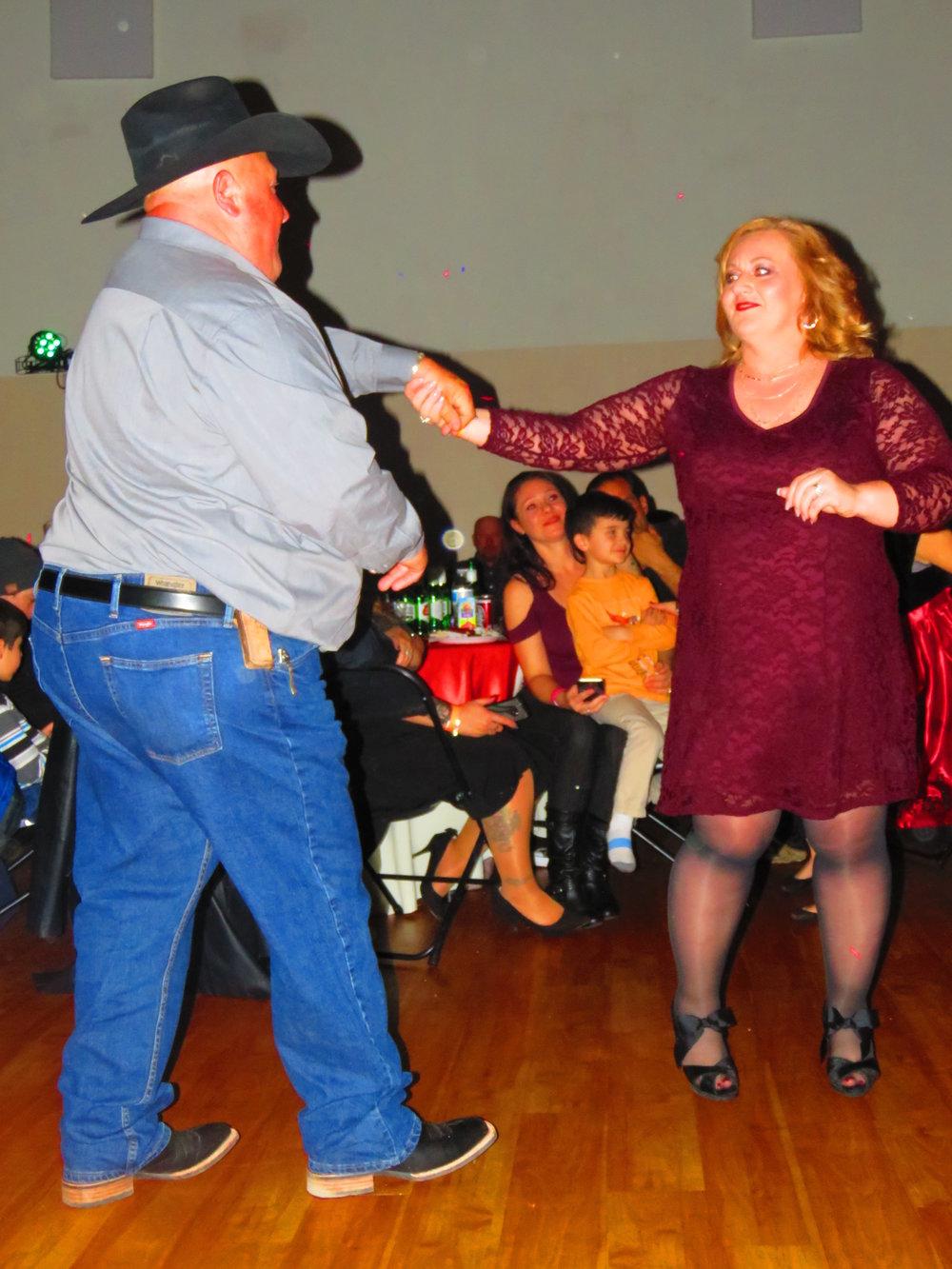 MIKE BELL DANCING.JPG