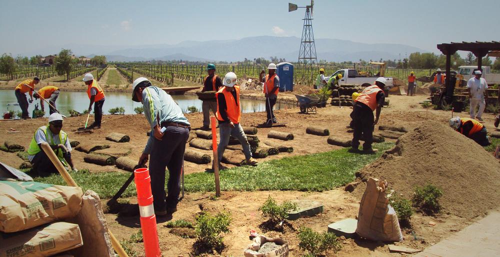 Construction adame landscape inc for Landscaping rocks temecula