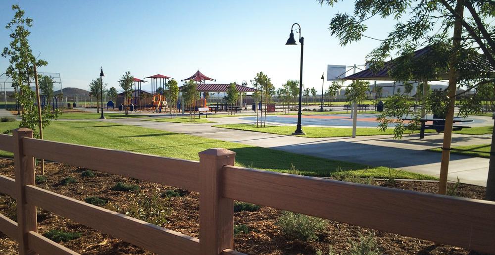 Mahogany Park7.jpg