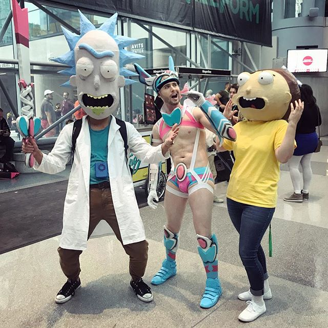 Let's get RI-RI-RIIIIIIIIIICKED! #rickandmorty #ricksanchez #sylveon #pokemon #eeveelution #mortysmith #morty #comiccon #nyccomiccon #nyccomiccon2017 #comiccon2017 #cosplay #costume #gay #slutty #sluttycosplay