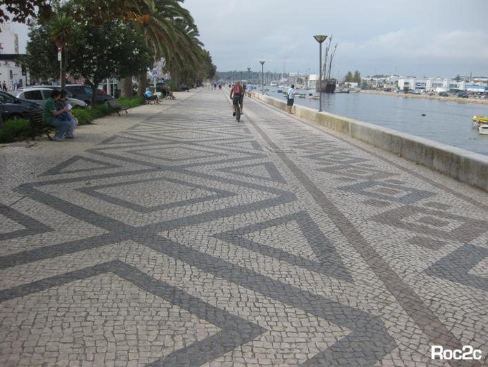 lagos art history artistic guide portuguese pavement lisbon tour portugal city roc2c restaurant hotel limestone pattern curve resort famous pavement aquarium avenue.jpg