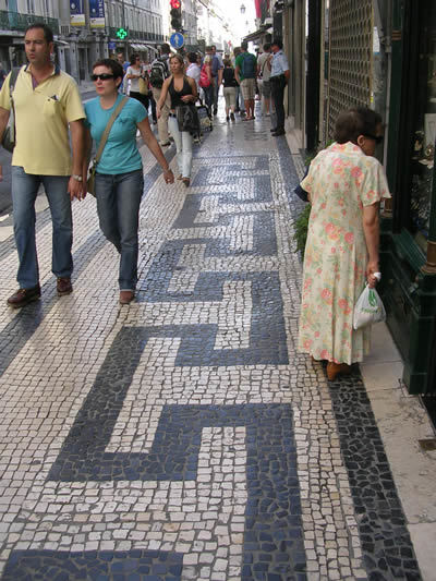 pavement-in-rua-aurea-lisbon.jpg