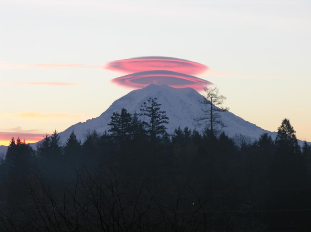 Lenticular cloud 1.png