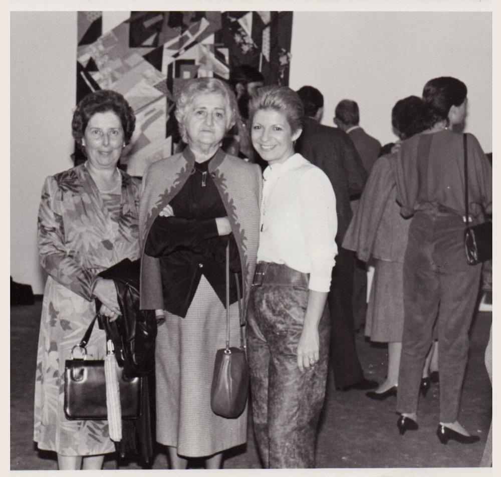 Yolanda del Riego (right)