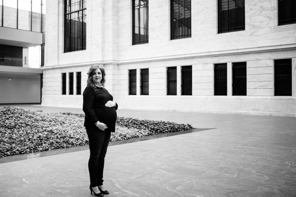 carrie-hall-cleveland-ohio-maternity-photographer