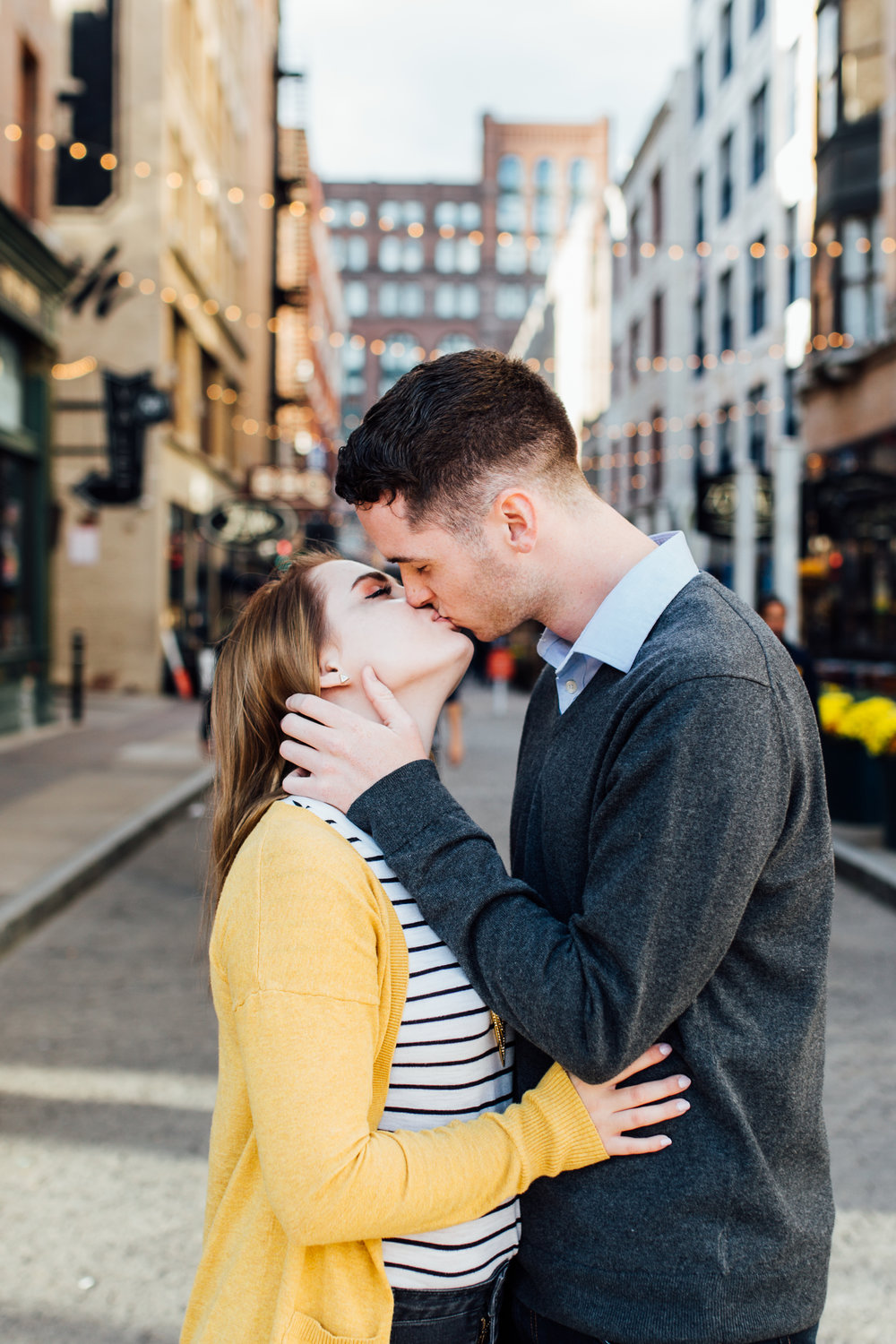 Carrie Hall Phototography || Engagement Photographer Cleveland, Ohio