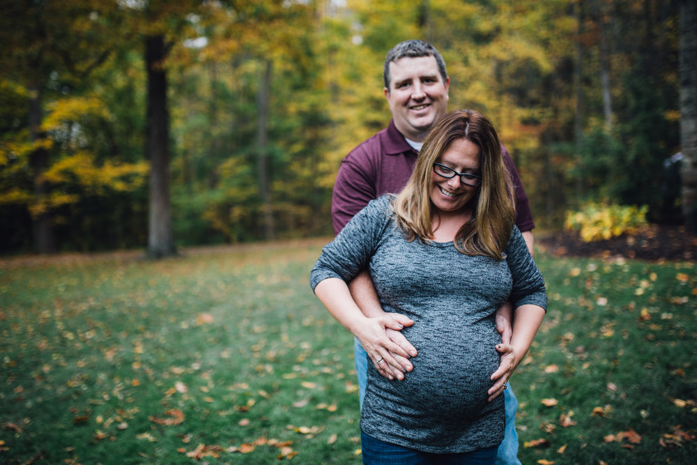 Carrie Hall Photography || Maternity Photographer || Cleveland, Ohio