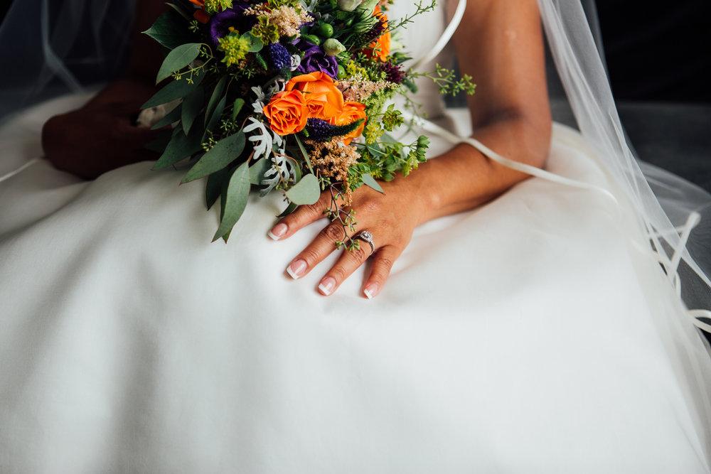 Carrie Hall Photography | Cleveland, Ohio | Wedding Photographer