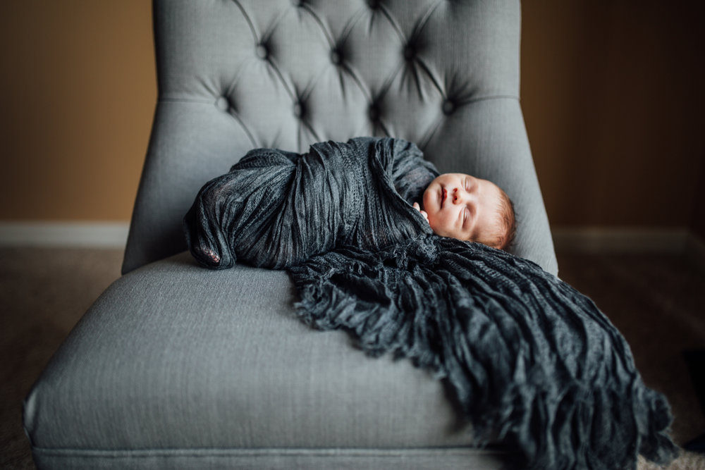 Carrie Hall Photography // Cleveland, Ohio // Newborn Photographer