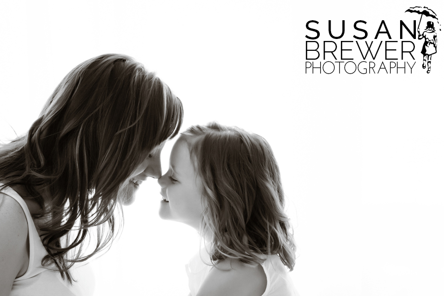 Susan_Brewer_Greenville_photographer_mother_daughter01.jpg