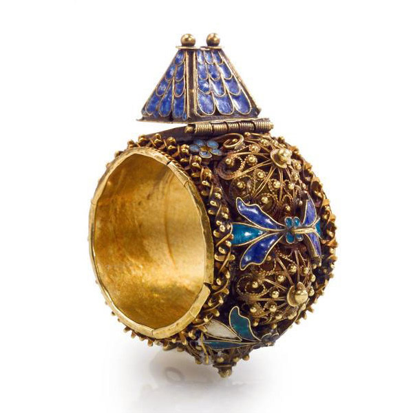 antique-jewish-house-ring-steinhardt.jpg