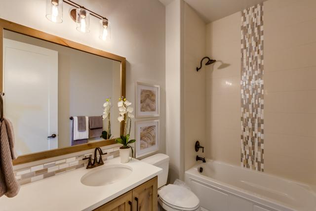 Bathroom II-1.jpg