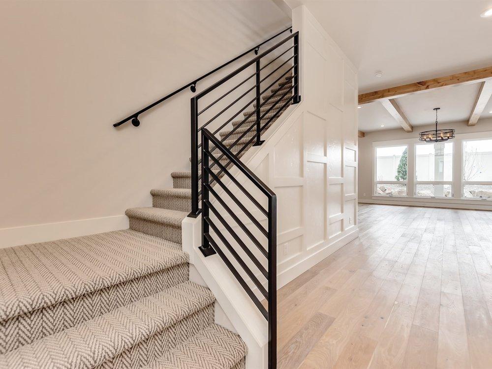007_Staircase.jpg