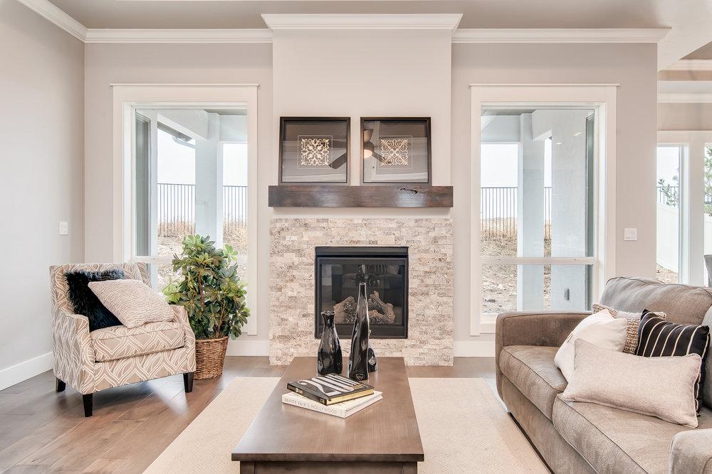 015_Living Room.jpg