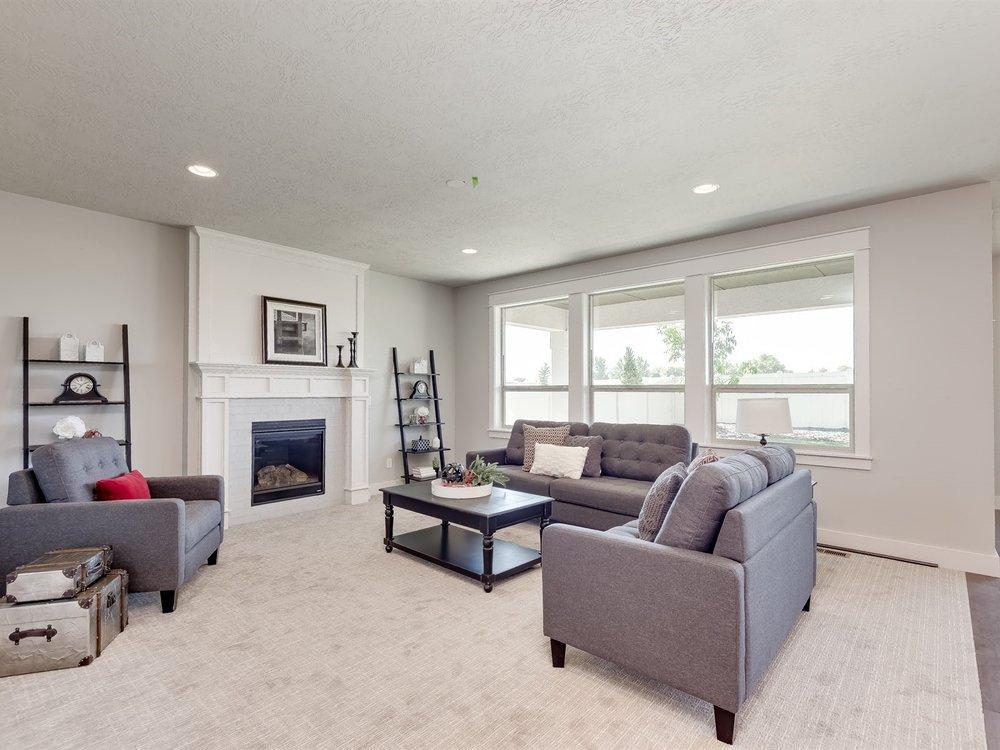 016_Living Room .jpg