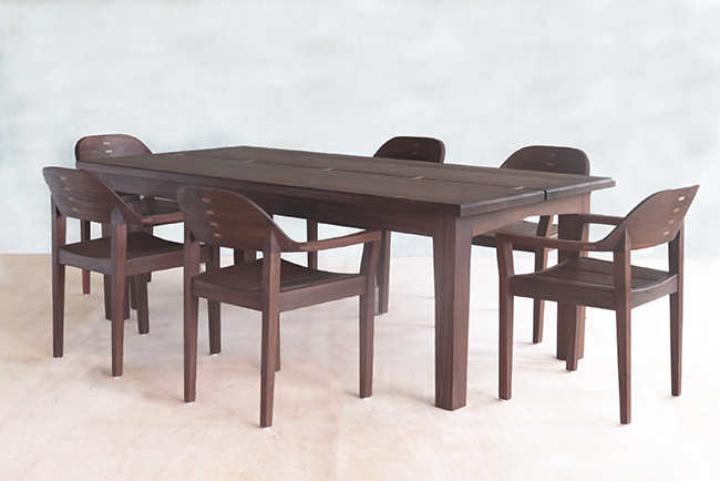 nanciton dining table 13 web.jpg