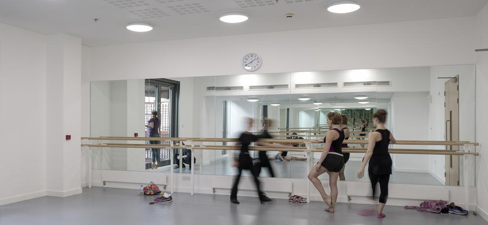 Royal Ballet 967-012.jpg